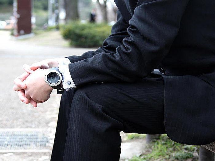 時計を付けた紳士