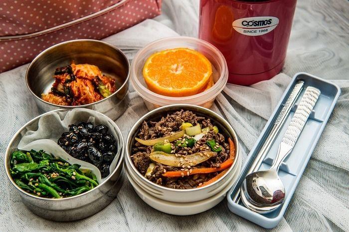 韓国料理の弁当