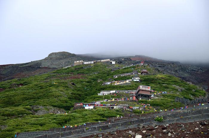 富士山の登山コースの写真