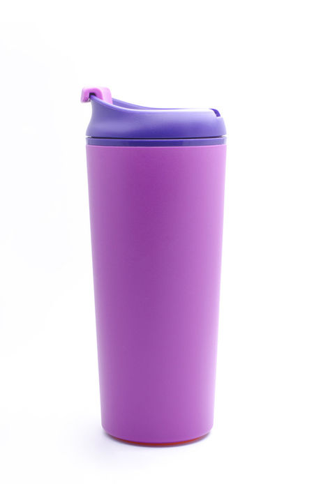 紫色の水筒の写真
