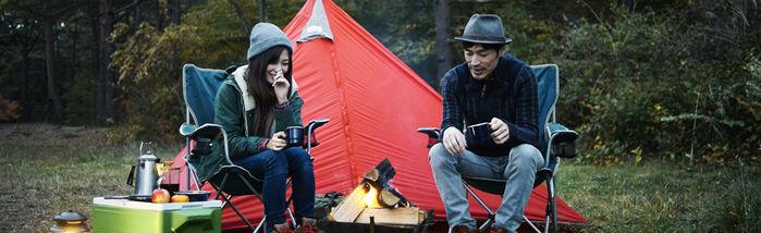 新田ふるさと村のお山のテントサイトでのキャンプの様子