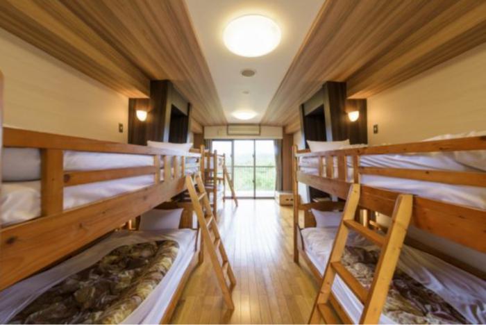 やんばる学びの森の宿泊棟のファミリータイプのお部屋