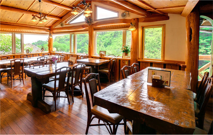 離れの宿星ヶ山の敷地内レストラン