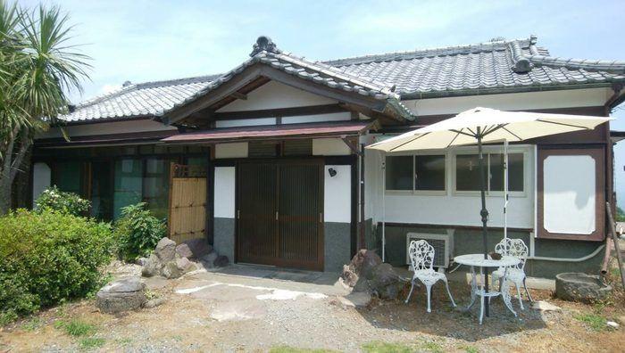 釈迦堂民宿桜荘の外観