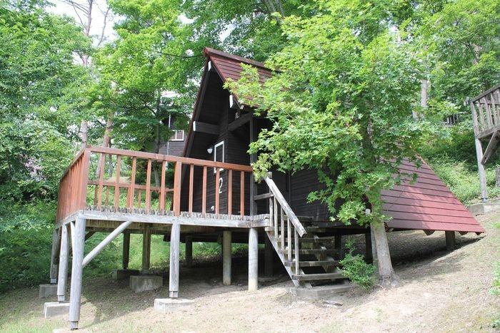 石倉山キャンプ場のバンガロー・コテージ