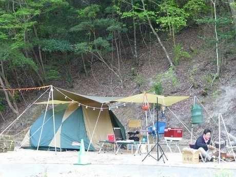 十二坊温泉キャンプ場の山麓サイト