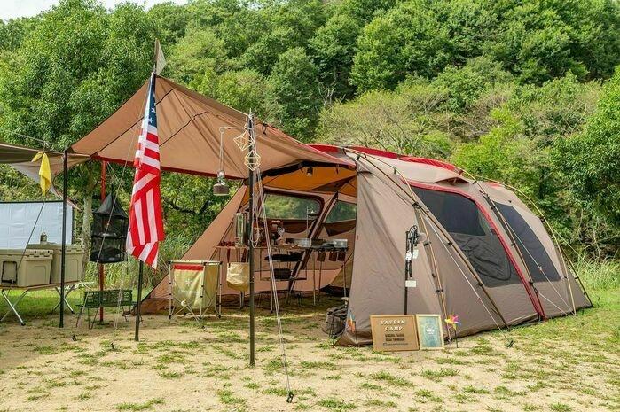 スノーピークのテント「ランドロック」のアレンジ1。