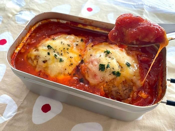 焼きおにぎりのトマトチーズ煮込み