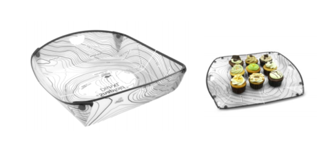 キャンプ飯をより快適に。折りたたみ式食器としてはもちろん、簡易まな板としてもOK