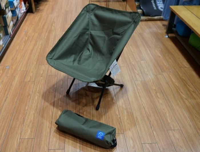 折り畳みのキャンプチェア
