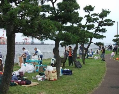 暁ふ頭公園のBBQスポット
