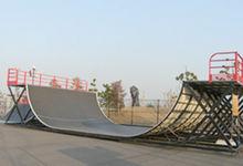 城南島海浜公園のスケボー広場