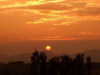 星に手のとどく丘キャンプ場から見える夕日