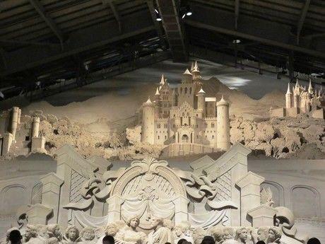 「砂の美術館」の砂像