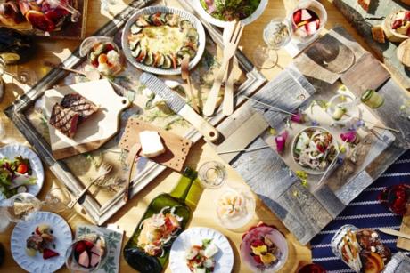 星野リゾートの豪華なダッチオーブンディナー