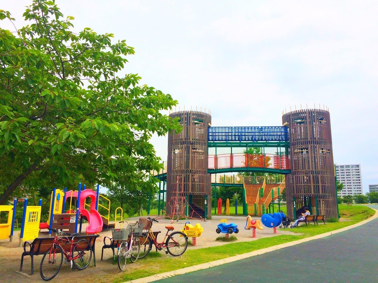 汐入公園,ファミリー,ピクニック,芝生,画像,写真