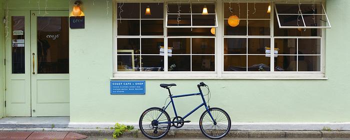 お店の前に停めれられたtokyo bike