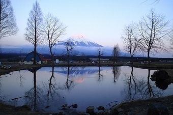 冬のキャンプ場から見える景色