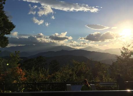 日没間際の高尾山