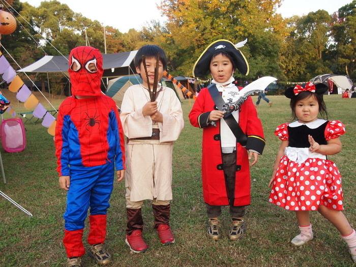 Campeena 主催イベント Happy Halloween campで仮装する子供