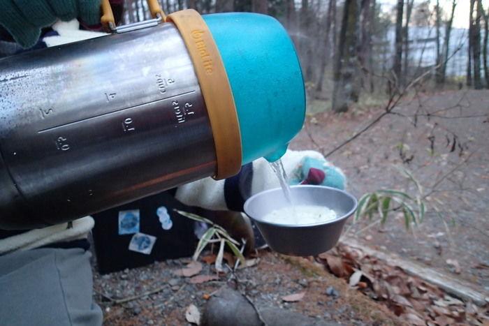 ポットで沸かしたお湯