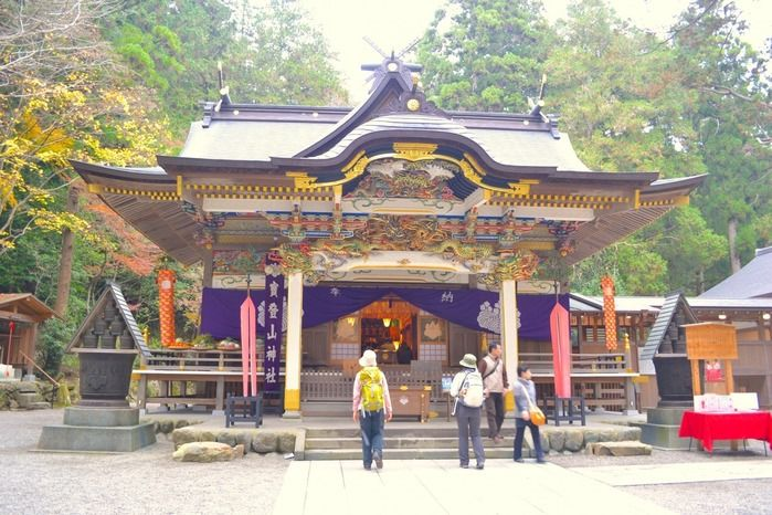 秩父三大神社「宝登山神社」の門