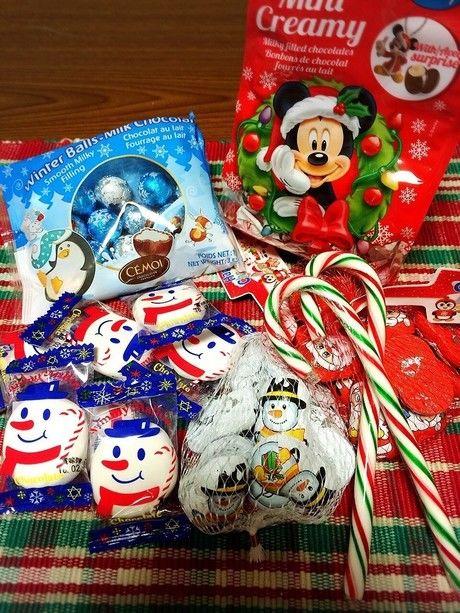 クリスマス柄や雪だるまの柄をあしらったお菓子