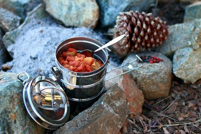 冬山で食べるご飯