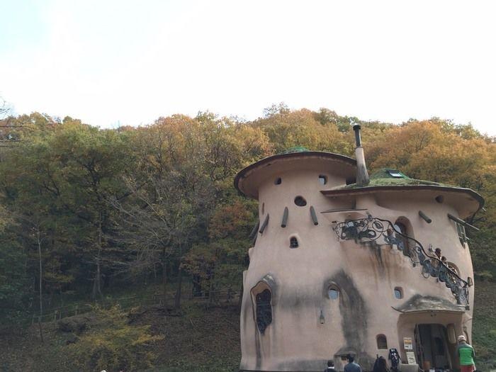 あけぼの子どもの森公園のムーミンの世界観の建物