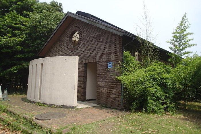城南島キャンプ場のトイレ