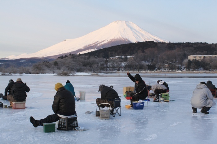 この冬は氷上ワカサギ釣りがしたい!関東・甲信越の全スポットをご紹介☆