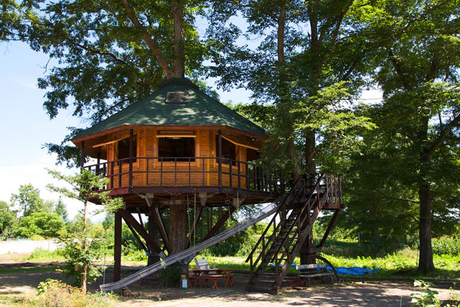 三部牧場のツリーハウス