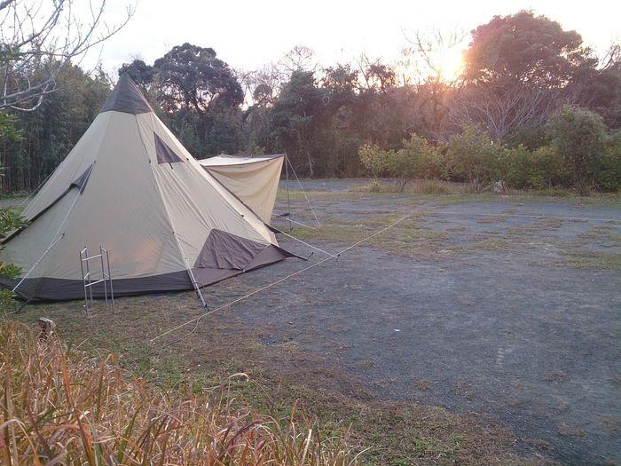 キャンピングヒルズ鴨川のキャンプサイトの様子