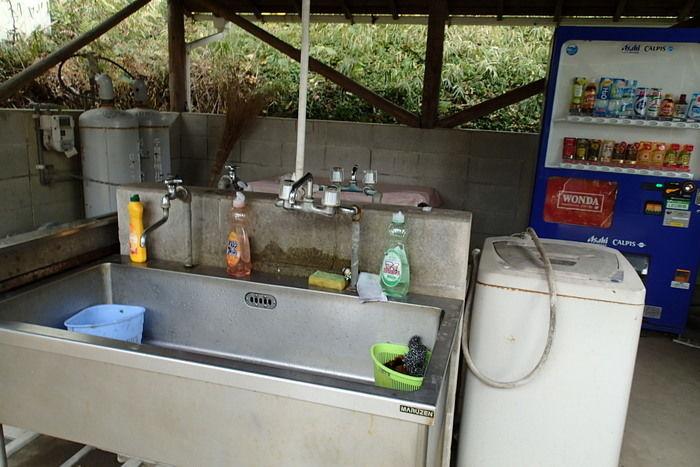 キャンピングヒルズ鴨川の炊事場