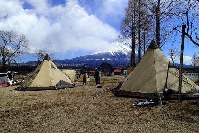 富士山のふもとのフリーサイトのキャンプ場、ふもとっぱら