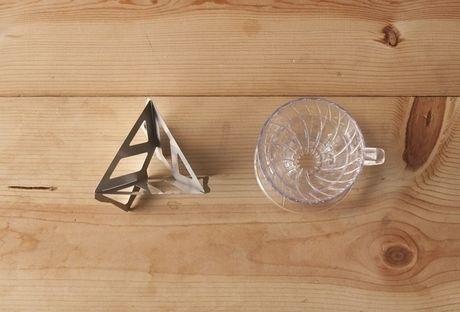 Tetra Dripとコーヒーカップ