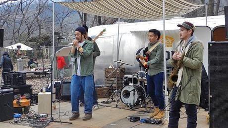 コロナエスケープで開催されたSAIRUのライブ