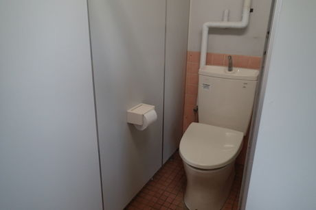 日川浜キャンプ場のトイレ
