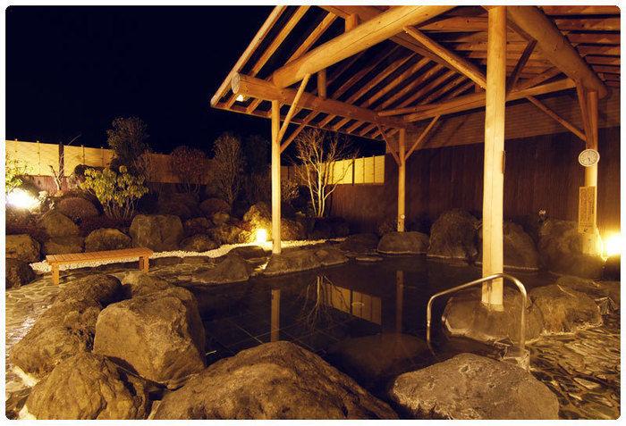 紅富士の湯の露天風呂