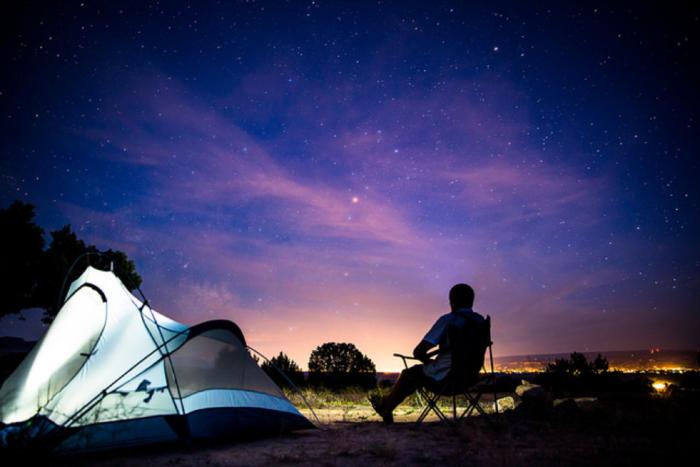 夜キャンプの夜景写真