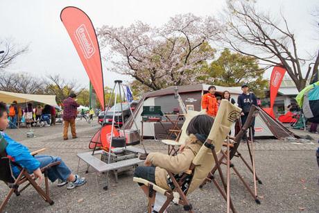 アウトドアデイジャパンのテントやタープの展示会場