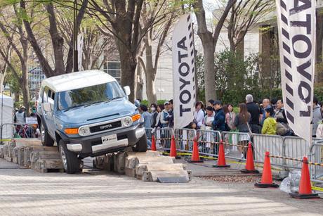 アウトドアデイジャパンの悪路走行体験の様子