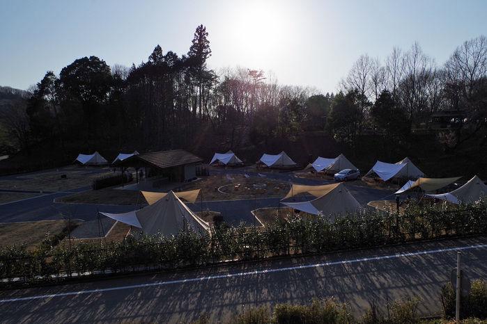 【森と星空キャンプヴィレッジ】夕方のグランピングエリア