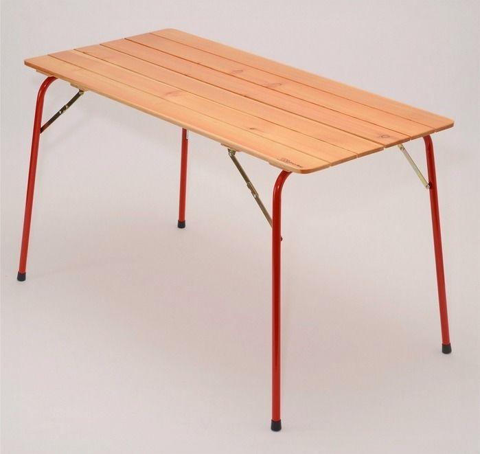 カステルメルリーノのキャンピングテーブル