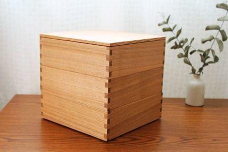 松屋漆器店の重箱
