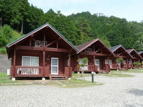 【兵庫県】ログハウスとキャンプの石ヶ堂古代村のログハウス