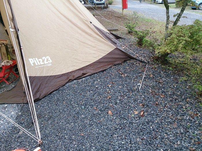 雨の後のテント周辺の様子