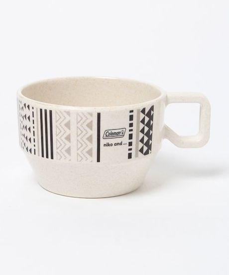コールマンとニコアンドのマグカップ
