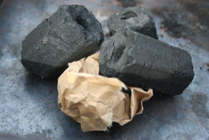 炭とお米の袋