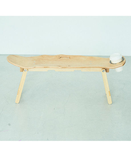 LEEPSAW SKATE WINGTABLEのテーブル